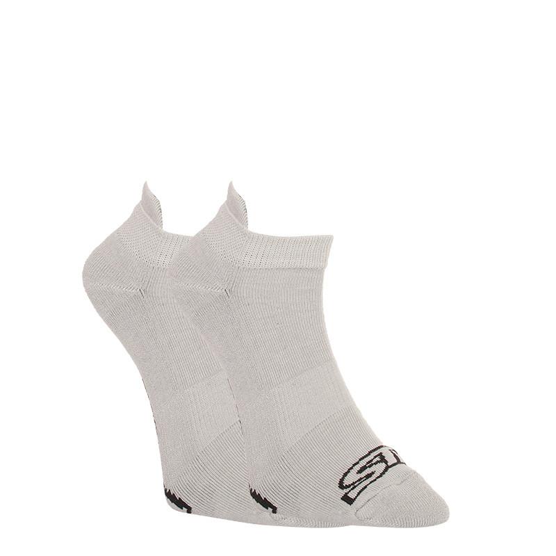 Levně Ponožky Styx nízké šedé s černým logem (HN1062) L